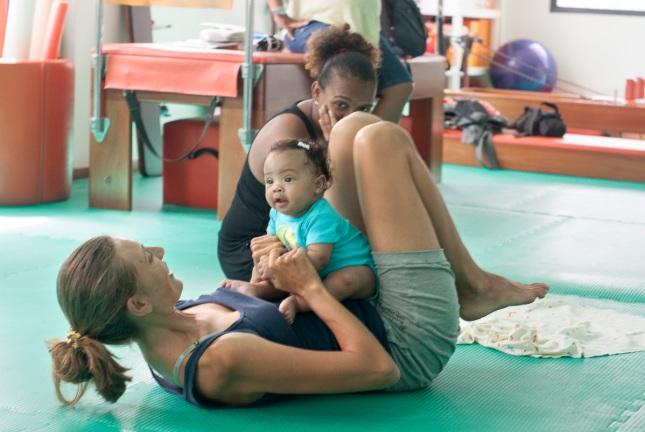 Yoga para mães e bebês, Salvador, Bahia, 2012
