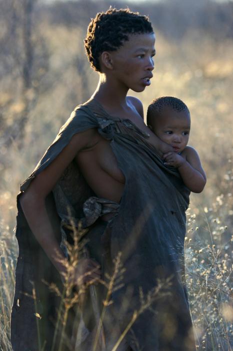 bushmen-mother-and-child-miranda-miranda