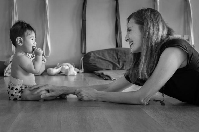 yoga mãe bebê Anne Sobotta